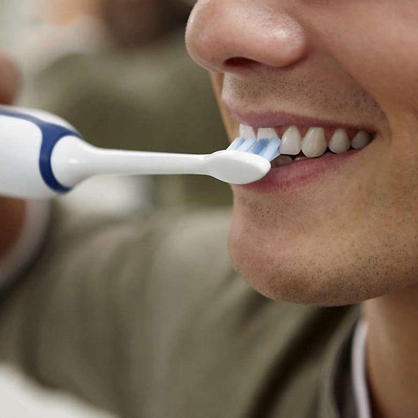 Bàn Chải Đánh Răng Điện Philips Sonicare HX3226 2